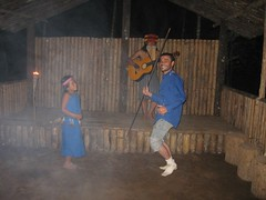 SHUAR FAMILY IN JUNGEL 36 I AM DANCINGGGGGGGGGGG (nirpatilon) Tags: equador nir in