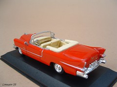 "Achat du jour (1f) : Collection "" Belles Amricaines "" - n 42 (Limousin 33) Tags: model cadillac eldorado toycar 143 diecast amricaine newray"