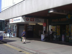 Picture of Ealing Broadway Station