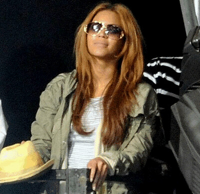 A PHOTO OF BEYONCE AT GLASTONBURY TO WATCH JAY Z