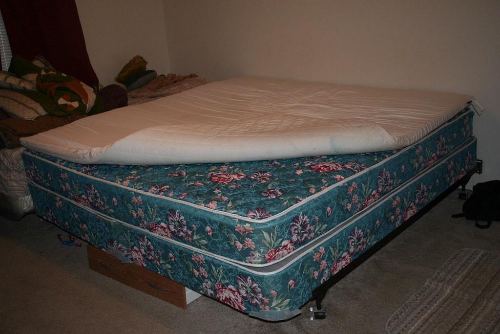 AIR FILLED MATTRESS TOPPER MATTRESS TOPPER 5 IN 1 AIR BED