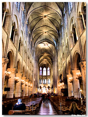 Paris_Notre_Dame_nave_central (vmribeiro.net) Tags: paris france church cathedral catedral frança notredame aplusphoto