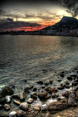 L'Estartit (Mnica Co) Tags: blue sunset sea sky seascape water clouds dark mar spain rojo agua catalonia nubes catalunya blau hdr costabrava aigua nvols estartit photomatix montgr mnicaco