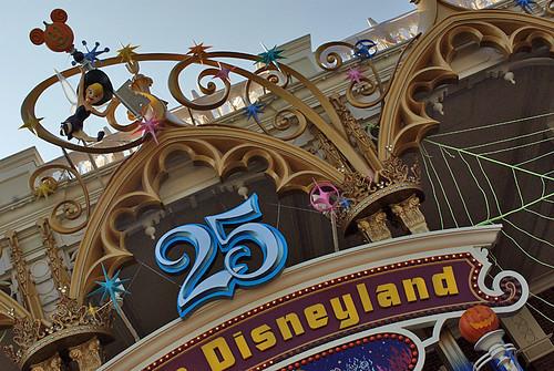 Disney Halloween 2008-03