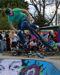 air (owlana) Tags: living spring community bmx crowd fitzroy bikes australia melbourne skate 2008 edinboroughgardens sweetair fitzroybowl memorialjam timhalesmemorial
