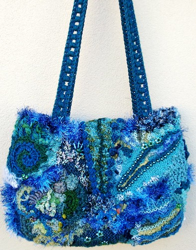 freeform bag with block stitch handle