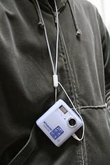 Polaroid izone 550 Digital Camera 8 (from the neck)