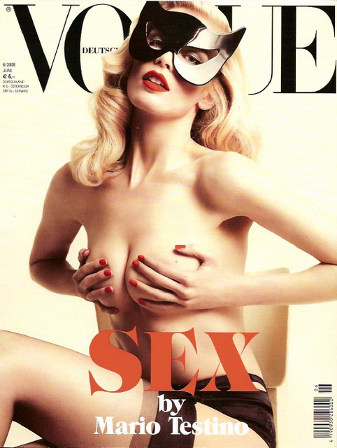 claudia-schiffer-vogue-germany-cover by Film-Book dot Com