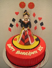 queen of hearts (Artisan Cakes by e.t.) Tags: cake et queenofhearts buttercream sugarmodelling artisancakes