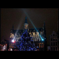 Grand Place in blue ... (juntos ( MOSTLY OFF)) Tags: blue concert bravo nightshot grandplace vivid bruxelles unesco chapeau soe thedavincicode gbr peopleschoice searchforthebest bej mywinners diamondheart blueribbonaward yourbestshots theothervillage flickrdiamondgroup crystalawards ysplix shinningstar flickrshearts theunforgettablepictures masterphoto brillianteyejewels wetraveltheworld betterthangood golddragonaward imaginepoetry spiritofphotography multimegashot musictomyeayes frommyeyestoyours lesamisdupetitprince masterpiecesonblack perceptiongroup thedantescircle empyrianlandandcitiescapes oraclex25 sensationalphotos imagesforthelittleprince breathtaking20 besofthebest silentartandharmony