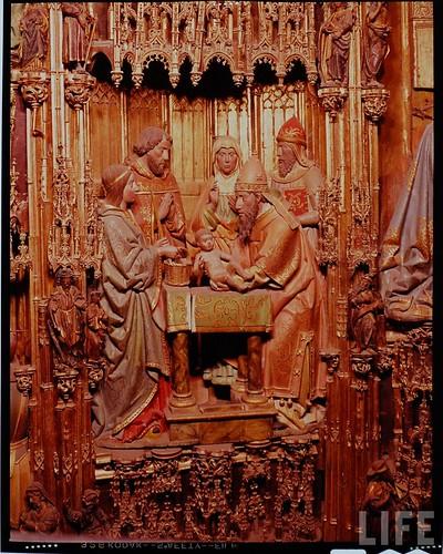 Detalle del altar mayor de la Catedral de Toledo en 1963. Fotografía de Dmitri Kessel. Revista Life (21)