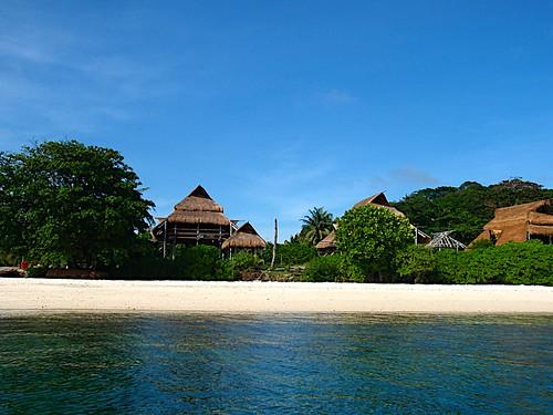 Random resort island