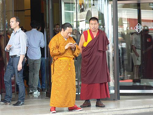 dalaï lama bis.jpg