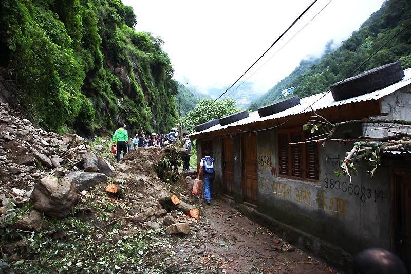 Landslide IMG_0506-w