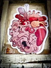 P1010430 (le) Tags: barcelona graffiti stencil sticker heart tag coeur corazon barcelone affiche streeart kenzostreetart kenzostreeart
