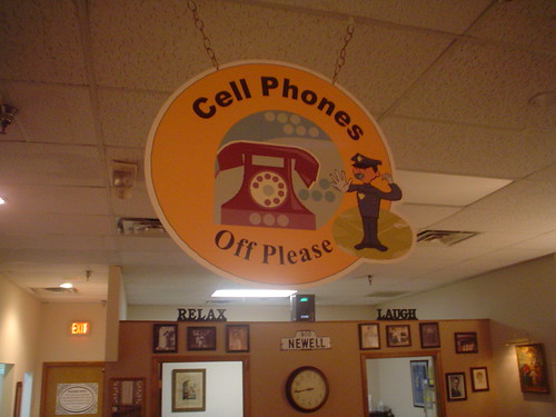 Cell phones off please sign, Chiropractor office