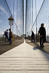 guideline (richietown) Tags: nyc newyorkcity bridge people newyork topv111 brooklyn canon vanishingpoint wires brooklynbridge whiteline 30d sigma1020mm richietown