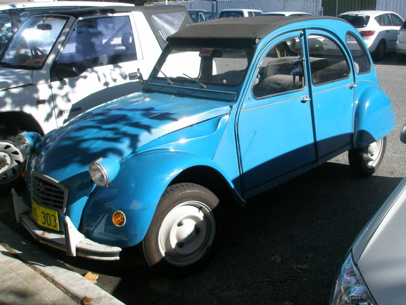 A citreon 2CV