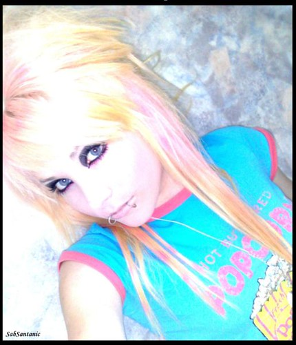 scene girl with long blonde scene hair. Long blonde scene hairstyle