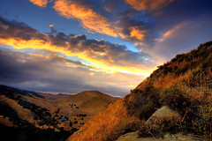 black diamond sky (Marc Crumpler (Ilikethenight)) Tags: california autumn sunset usa clouds canon landscape hiking trails hills bayarea eastbay antioch blackdiamond ebrpd contracostacounty eastbayregionalparkdistrict interestingness03 i500 tamron1750 sfchronicle96hours 40d ebparks canon40d explore04oct08 ebparksok