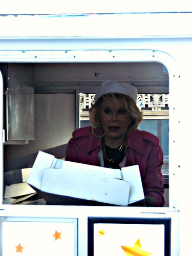 Joan Rivers in the Cupcake Truck!