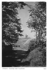 Vlieland - 1953 (JG Slump) Tags: lighthouse netherlands island vlieland waddeneiland rondweg vuurtoren friesland eiland oostvlieland