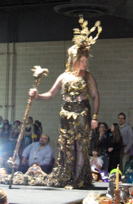 Faerie Fashion Show - Golden Goddess (Click to enlarge)