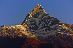 Machapuchare (Deep six) Tags: nepal mountain sunrise pokhara himalayas fishtail viewfromsarangkot machaphuchare