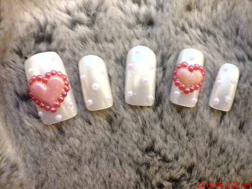 Heart nailart design. Posted by Artistic at 6:26 PM