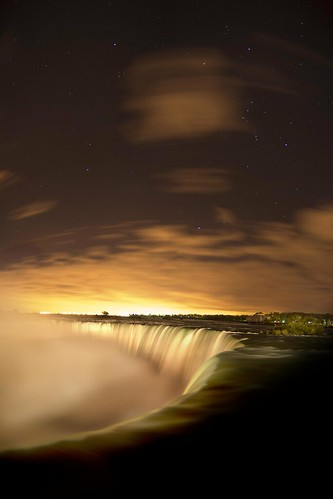 The Stars of Niagara Falls (Explored) / John Ryan