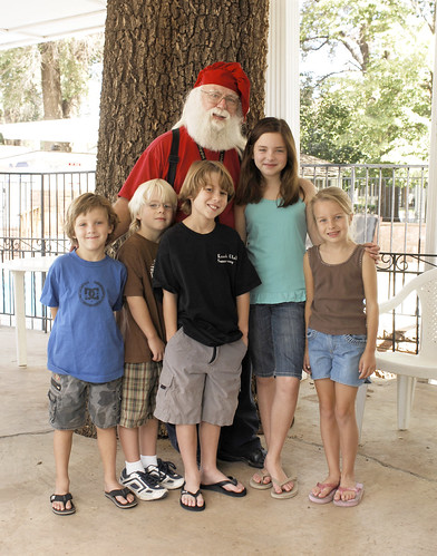 Santa Visits Set in Kanab During Production - Actors Davenport and Johnson with siblings.