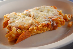 pizza mac n' cheese