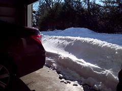 100_0266 (Kichadi) Tags: ohio snow winterstorm shovelling