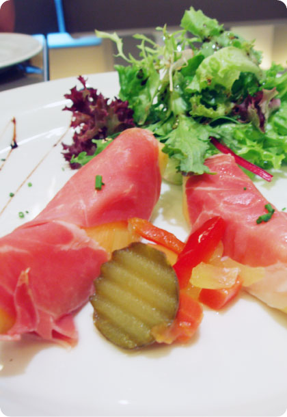 friends__melon_with_parma_ham