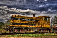 Yellow & Rusty (Thad Roan - Bridgepix) Tags: old yellow clouds train colorado track engine rusty rail boulder historic coloradosprings locomotive traintrack soe railfan hdr railfanning photomatix 200805 flickrplatinum hdrspotting