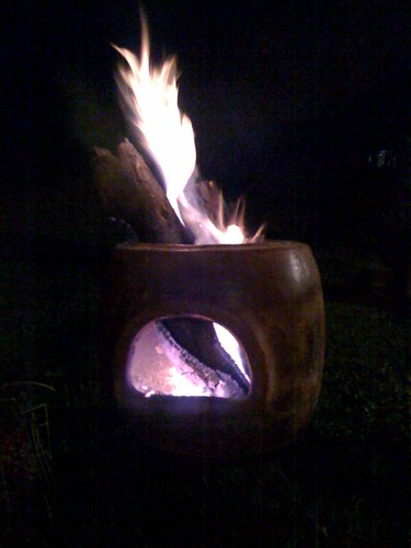"""Chimenea • <a style=""""font-size:0.8em;"""" href=""""http://www.flickr.com/photos/28749633@N00/2484819927/"""" target=""""_blank"""">View on Flickr</a>"""