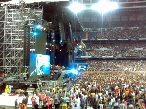 Bruce en Madrid Bernabeu 05