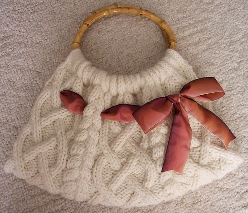 Cable Knit Bag. FREE PATTERN from Michael's website: