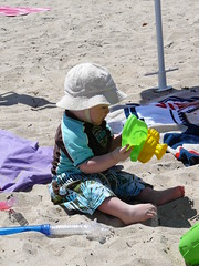 Playing in the Sand (sajoan) Tags: ri charlestown beachhouse ridley