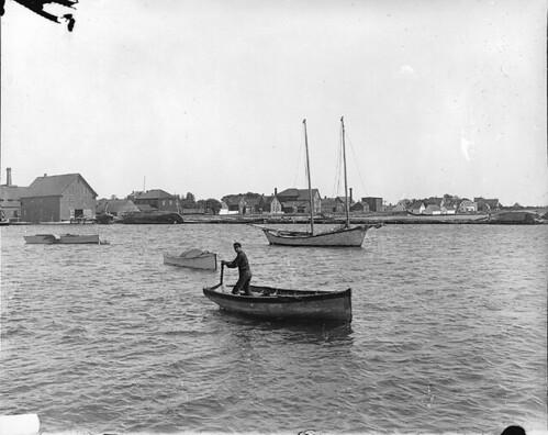 Reid's Wharf, Summerside, PE, 1915 (?) by Musée McCord Museum.