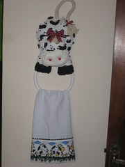 porta pano prato (dinorahramos) Tags: pano tecidos vaquinha patchcolagem portapanoprato