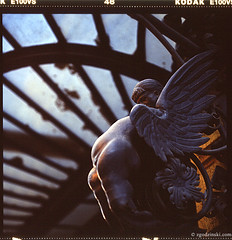 Budapest + angel (10.2008) (zgodzinski) Tags: 6x6 film mediumformat hungary dof bokeh budapest slide handheld pentaconsix kodakektachromee100vs wgry budapeszt autaut carlzeissjenabiometar120mmf28