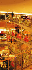 the mall (-Inkku-) Tags: lyon disney promotions escaliers centrecommercial partdieu