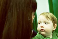 @green dreams... (Fernanda Fronza) Tags: baby verde green love children amor nikond50 what beb criana moment docinho gracinha ilovegreen segundaposer feza joovitor bicudinhoo fofulisssssssssssss momentoeterno