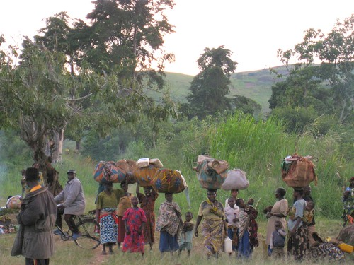 DRC - Displaced people flee (June)