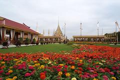 ดอกไม้ บริเวณพระเมรุ ที่ท้องสนามหลวง