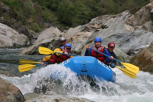 CALIFORNIA RAFTING TRIPS