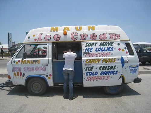 Maun ice cream truck
