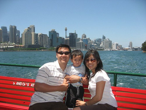 On DH-Circular Quay Ferry