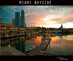 MIAMI BAYSIDE (Hector G Lincz) Tags: light sky water night clouds boats pier colours miami bayside